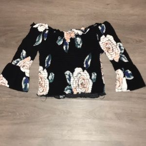 Kendall & Kylie off shoulder pintucked floral top